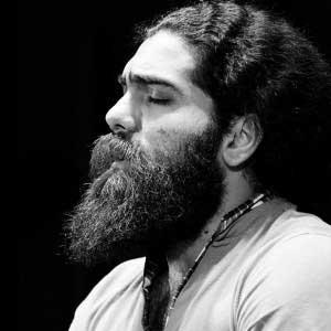 دانلود تیتراژ پادری از علی زند وکیلی